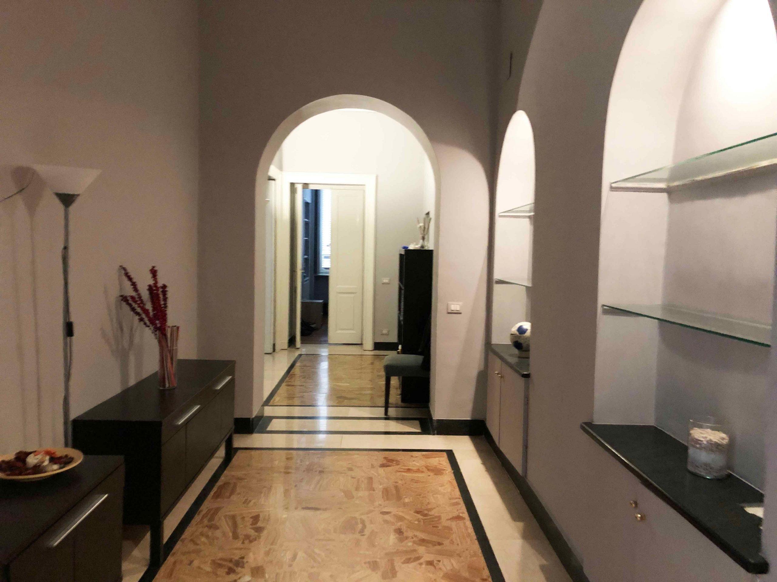 Torino – Elegante Appartamento in Crocetta