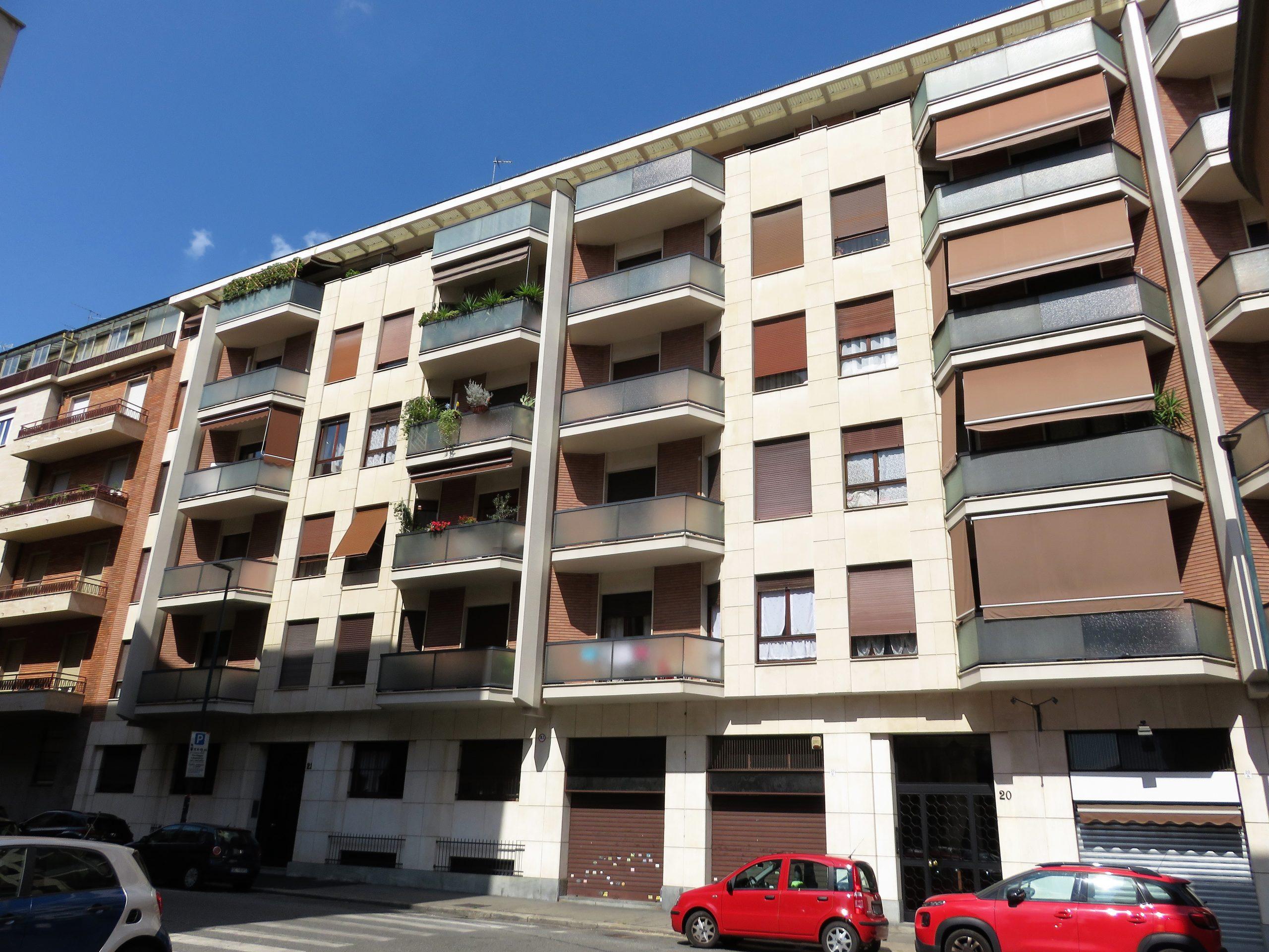 Torino – Pressi Mauriziano Appartamento Trilocale con Ampio Balcone