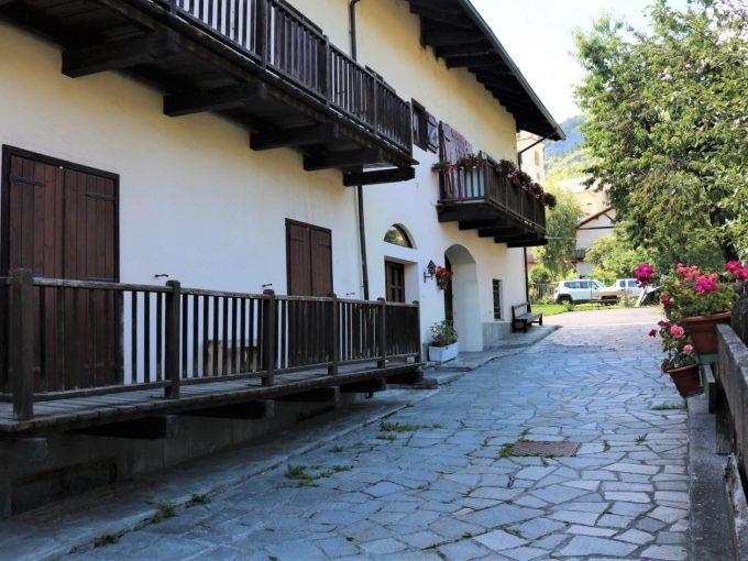 Bardonecchia – Bilocale in Borgo Vecchio per Stagione Invernale